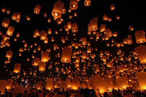 Wandbild Floating Lanterns